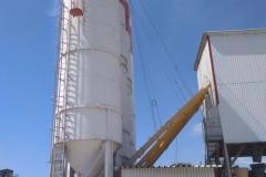 Момот-бетон. 2017 р.  Силоса та шнеки для цементу
